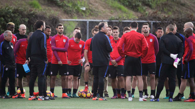 bruce-arena-usmnt-serbia-friendly-preview.jpg