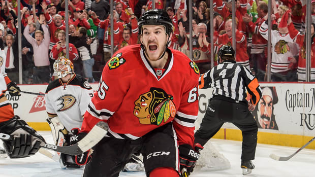 andrew-shaw-contract-canadiens-six-years.jpg