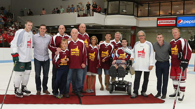 Hockey Rivals Come Together for a Good Cause at Comm Ave Classic
