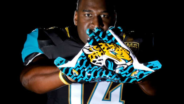 Jacksonville Jaguars Unveil New Nike Uniforms