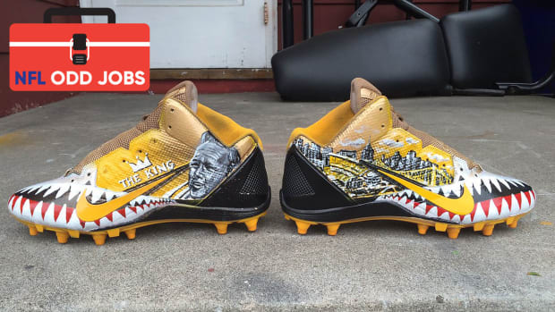 antonio-brown-cleats-odd-jobs.jpg