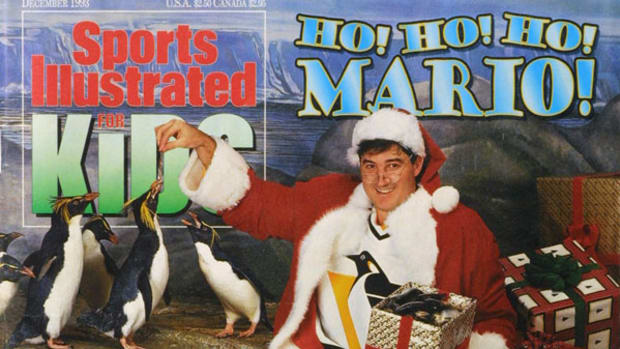 #TBT: Merry Christmas from SI Kids and Mario Lemieux!