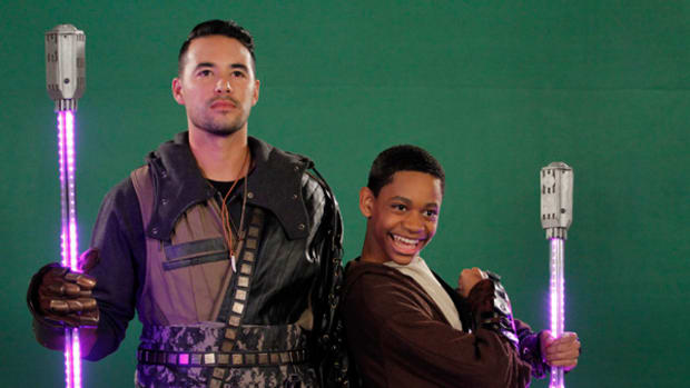 Exclusive Clip: Dodgers Outfielder Andre Ethier Stops by Disney XD's Lab Rats