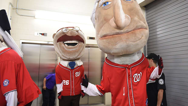 A Day with the Nationals' Racing Presidents - 1 - Let's get this party started!