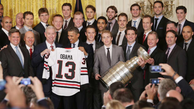 Blackhawks Take Stanley Cup to White House