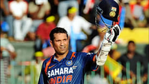 Top 10 Small Athletes: #3 Sachin Tendulkar
