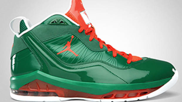 Crazy Christmas Kicks!
