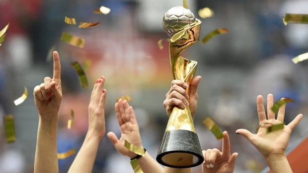 womens-world-cup-trophy-predictions.jpg