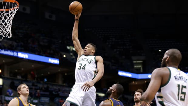 giannis-antetokounmpo-contract-extension-bucks.jpg