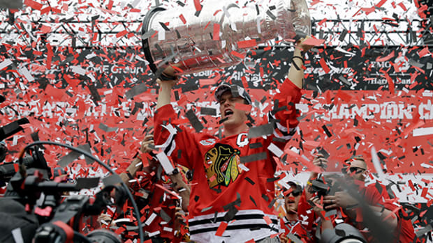 Chicago Turns Out for Blackhawks Parade