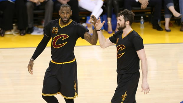 cavs-nba-finals-game-7-sleeved-jerseys.jpg