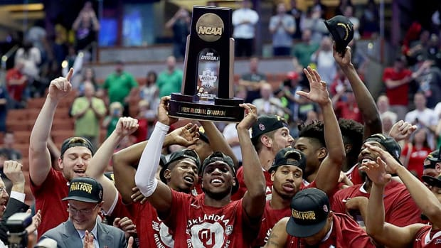 oklahoma-wins-elite-eight.jpg