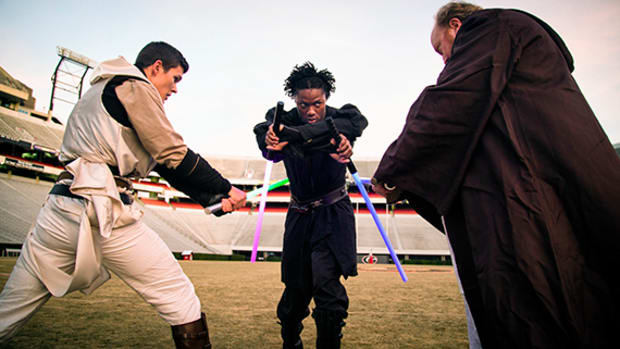 Behind the Scenese of Georgia Reciever Chris Conley's Star Wars Fan Film