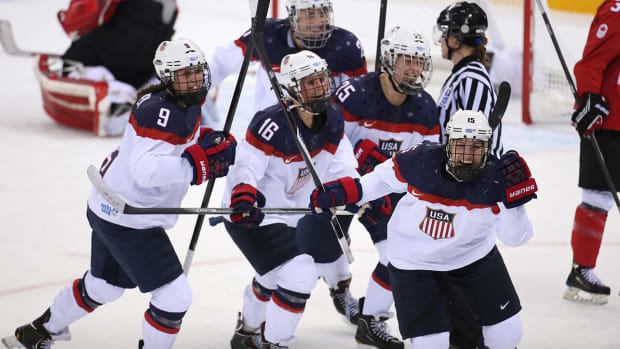 usa-hockey-women-boycott-deal.jpg