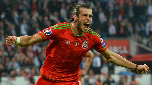 bale-wales-euro-roster.jpg