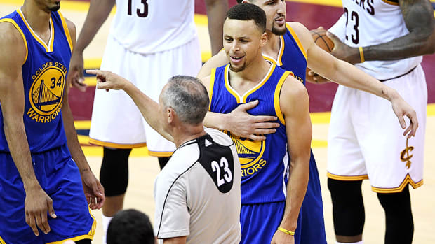 nba-finals-stephen-curry-ejection-golden-state-warriors-cleveland-cavaliers-game-6-video.jpg