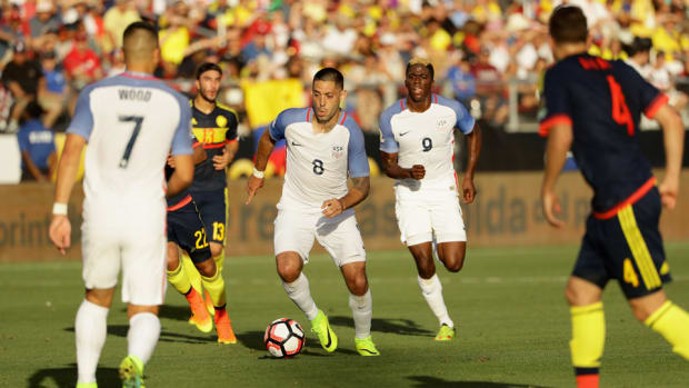 clint-dempsey-usa-colombia.jpg
