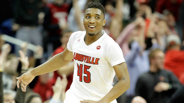 donovan-mitchell-louisville-1300-bracket-watch.jpg