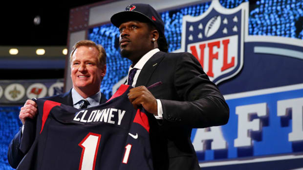 Jadeveon Clowney Selected First Overall in NFL Draft