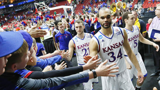 perry-ellis-kansas-630-elite-eight.jpg