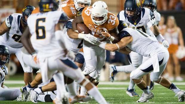 donta-foreman-texas-longhorns-football-toughest-schedule-rebound.jpg
