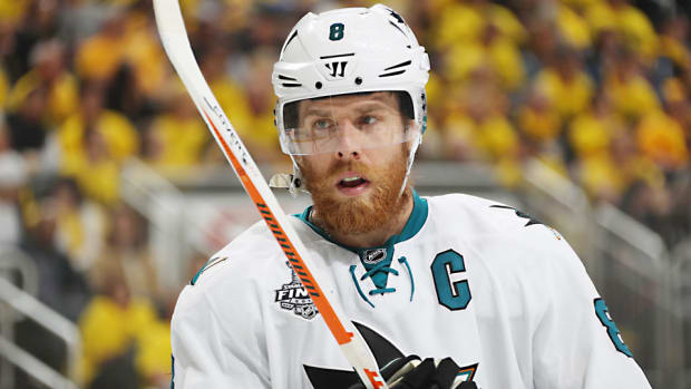 Joe-Pavelski-Dave-Sandford-top.jpg