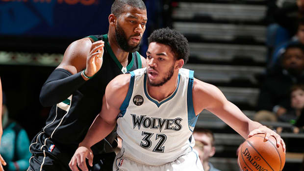 summer-camp-2016-post-up-karl-anthony-towns-header.jpg