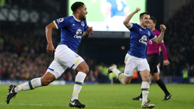 everton-arsenal-premier-league-ashley-williams.jpg