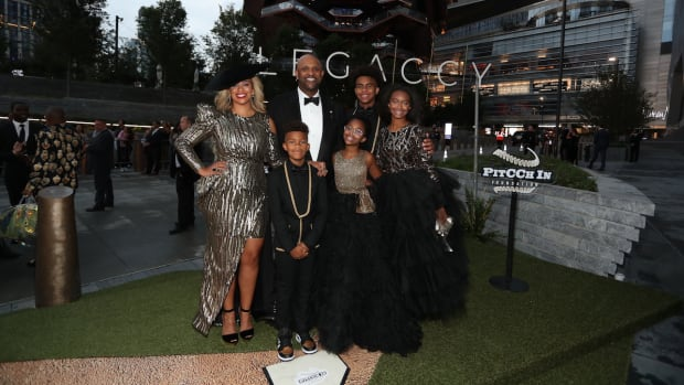 sabathia-mode-family.jpg