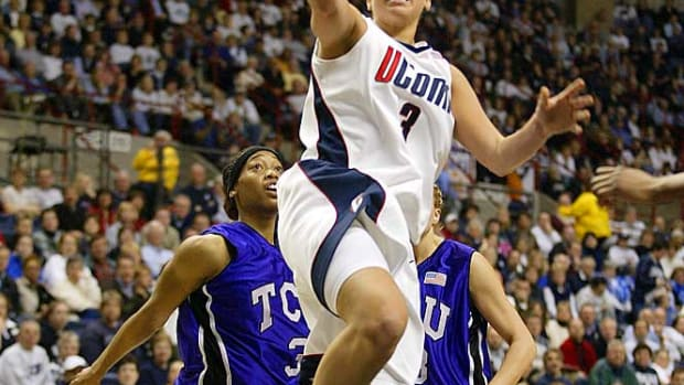 The Most Revered Streaks in Sports - 1 - UConn Huskies
