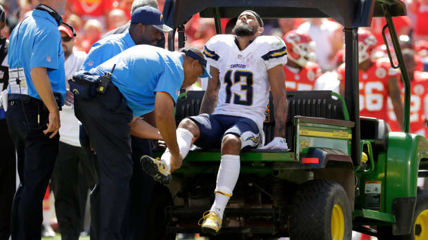 week-1-injury-roundup-keenan-allen-brian-cushing.jpg