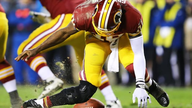 The knee of RGIII leads to awesomely bad poetry (this headline included)