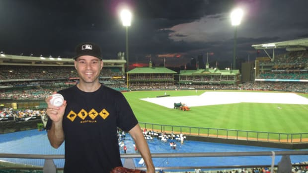 Zack Hample's Tips for Leaving With a Baseball