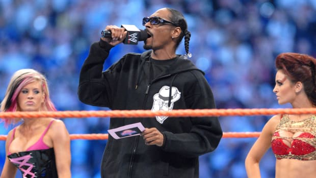 snoop-dogg-wwe-hall-of-fame.jpg