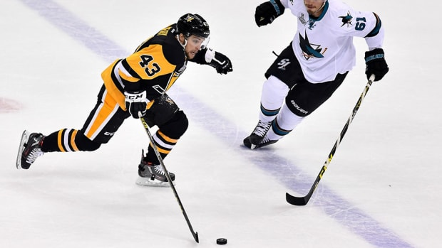 conor-sheary-pittsburgh-penguins-san-jose-sharks-stanley-cup-final-game-2-overtime-goal.jpg
