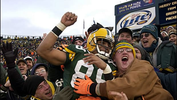 Celebrate Good Times: NFL's Best Celebrations!