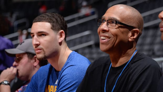 klay-thompson-dad-john-cena-game-7.jpg