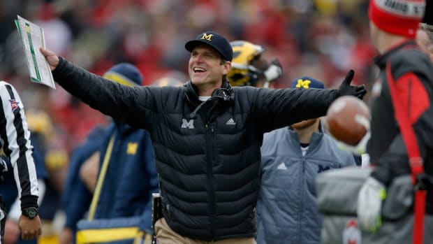 michigan-football-camp-australia-canceled.jpg
