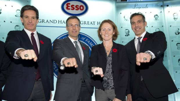 Chelios, Shanahan, and Niedermayer Lead 2013 Hockey Hall of Fame Class