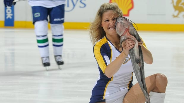 nashville-predators-catfish-ice-video.jpg