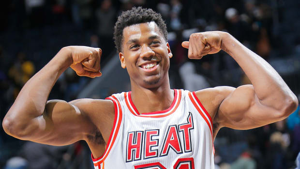 hassan-whiteside-free-throws-miami-heat-video.jpg