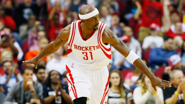 milwaukee-bucks-sign-jason-terry.jpg