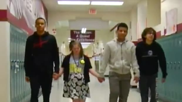 Middle School Basketball Players Stand Up Against Bullying