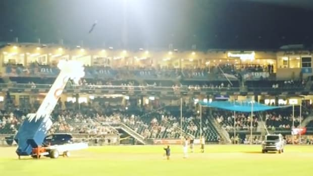lehigh-valley-iron-pigs-human-cannonball-video-.png