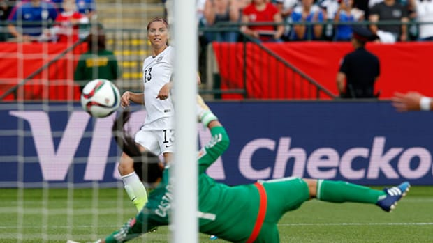 2015 Women's World Cup: US Powers Past Colombia in First Knockout Round