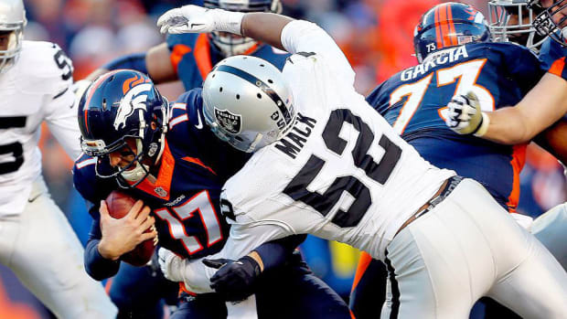 khalil-mack-sacks-raiders-broncos-week-14.jpg