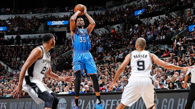durant-vs.-spurs-game-2.jpg