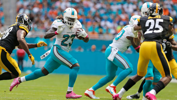 jay-ajayi-miami-dolphins-waiver-wire.jpg