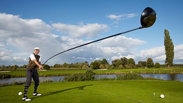 Check Out the World's Longest Usable Golf Club!
