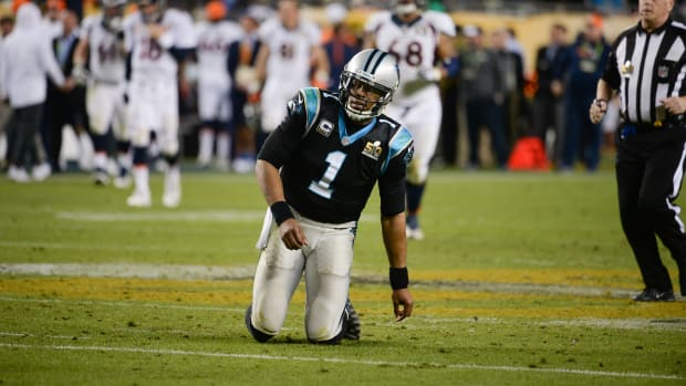 cam-newton-fumble-panthers.jpg